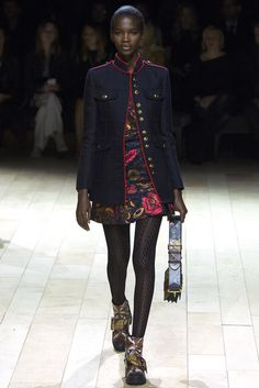Burberry   Fall 2016 Ready-to-Wear Collection   Vogue Runway