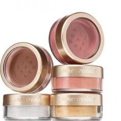 Jane Iredale 24 Karat Gold Dust in Gold 1.8 grams/0.6 oz, brand new, never opened Cruelty free, vegan For a shimmering, ethereal look, sweep our gold dust across cheeks, eyes, lips — even your décolletage. You can even blend it into your favorite hair product for glittering up-do. A shimmer powder created from Mica, a diamond pearlescent pigment. This multi-purpose product can be used on cheeks, eyes and lips to create a delicate highlight. Jane Iredale Makeup Bronzer
