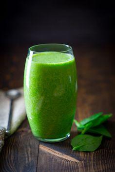 Grüner Eiweiß-Smoothie mit Vanille