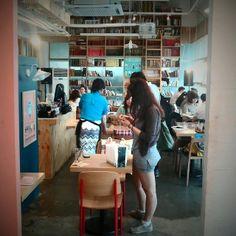 South Korea have many many cafe!