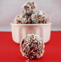 Chocolate Almond Butter Truffles #dairyfree #lowcarb