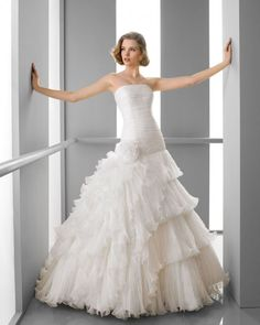 155 FLORIDA / Wedding Dresses / 2013 Collection / Alma Novia