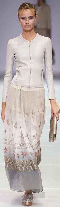 Beautiful skirt. Giorgio Armani, Spring 2015