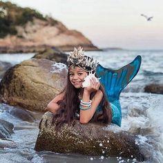 Emerald Mermaid Crown, Festival Crown, Beach Bride Seashell Crown ~ MARIAH  #greenmermaidcrown
