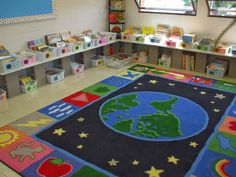 Beautiful Classroom Library  Wonderful Ways to Display Books!