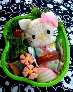 Hello Kitty Sushi