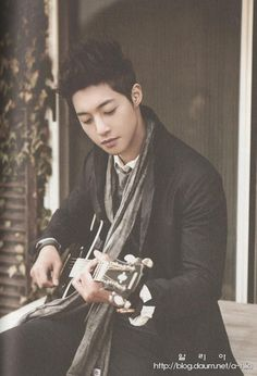 New Celeb crush well Korean Celeb crush triple threat actor, singer/dancer, model kim hyun joong