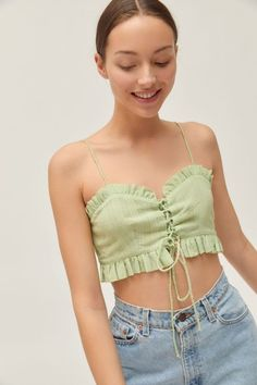 Urban Outfitters Ellie Lace-Up Ruffle Cropped Top Crop Top Outfits, Mode Outfits, Trendy Outfits, Casual Dresses For Women, Sewing Clothes, Diy Clothes, Diy Fashion, Fashion Outfits, Womens Fashion