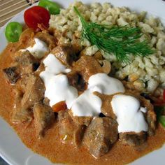 catfish stew with noodles Catfish Stew, Hungarian Recipes, Fish Recipes, Mashed Potatoes, Noodles, Cooking Recipes, Dishes, Ethnic Recipes, Food