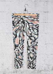 Spray Paint 2 Capri pants: What a beautiful product!