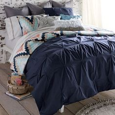 Blissliving Home Harper 3 Piece Reversible Duvet Cover Set Color: Navy, Size: King