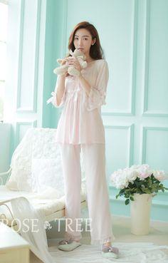 Frete grátis princesa das mulheres brancas de Pants pijamas Set rendas decoração Sleepwear pijamas femininos verao em Conjuntos de pijama de Das mulheres Roupas & Acessórios no AliExpress.com   Alibaba Group