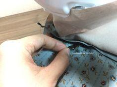 파우치 만들기 ( 과정샷 ) : 네이버 블로그 Clutch Bag Pattern, Pouch, Wallet, Pattern Fashion, Diy And Crafts, Rings For Men, Tote Bag, Sewing, How To Make