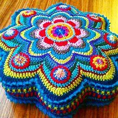 Alinti #crochetaddict #yarn #yarnaddict #knitting # #grannysquare #handcraft #handmade #hobbylobby #ganchillo #häkeln #virka #uncinetto #örgü # #instacrochet #crochetatolyesi #hobi #elişi #crocheting #örgümüseviyorum #crochetblanket #crochet #crocheted #ilovecrochet #crochetersofinstagram #knit #crocheted #crocheteveryday #crochetlover #crochetlove #hobi #crafter #crafts by istanbulcrochet