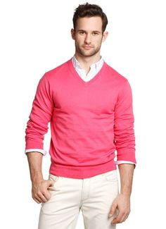 i dont want to like pink this much, but damn. maybe if i just cut off his head in this pic i will like it less.....