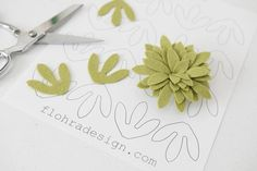 Hand cutting intricate shapes has never been easier! You will love this pattern and the beautiful results you can get. Simply print off your PDF and use our FREEZER PAPER method and you're ready to go! Pattern - Succulent Tri Petal / Quantity - 1 Pattern