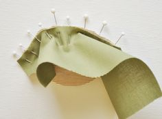 How to Sew Opposing Curves · Sweetbriar Sisters Sewing Tips, Sewing Hacks, Sewing Tutorials, Sewing Ideas, Textiles Techniques, Sewing Techniques, Sewing Class, Quilting Tips, Textile Artists