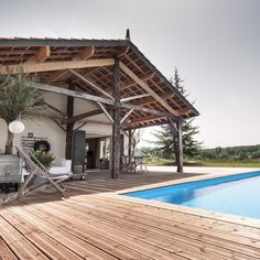 Modern Vacation Home Rentals for Design Lovers. Very small hotels, simple luxury villas, cabins, beach house rental and holiday lettings. Saint Etienne, Porches, Weekender, Holiday Hotel, Holiday Places, Vacation Home Rentals, Indoor Outdoor Living, Travel Abroad, France Travel