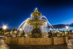 Fontaine des Mers, Place de la Concorde, Paris - Christophe Bailleux
