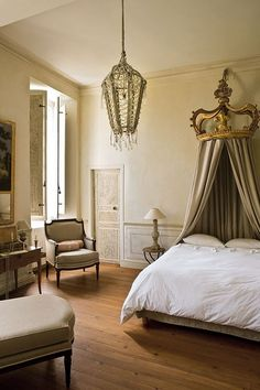 Aurélien Deleuze and his wife, Pascale, completed a careful restoration of 17th century chateau = Pau, South of France.