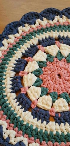 Crochet Rug Patterns, Crochet Mandala Pattern, Crochet Designs, Crochet Amigurumi, Crochet Doilies, Crochet Yarn, Sock Monkey Pattern, Crochet Carpet, Crochet Projects
