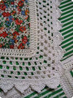Esté fue mi primer intento de hacer algo parecido a un quilt  hace más de 20 años, durante mi época de Universidad. El proyecto era m...