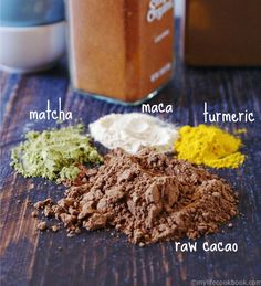Mocha Maca Matcha drink - the perfect healthy pick me up drink to start your morning. Packed with and antioxidants. Make it with Bulletproof Upgraded Chocolate powder! Healthy Low Carb Breakfast, Healthy Foods To Eat, Healthy Drinks, Healthy Snacks, Healthy Recipes, Health Foods, Healthy Life, Breakfast Recipes, Matcha Drink