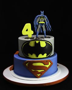Batman & Superman Superhero cake - For all your cake decorating supplies, please visit craftcompany.co.uk