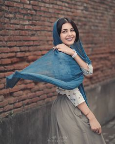 Image may contain: one or more people and outdoor Cute Girl Poses, Girl Photo Poses, Girl Photography Poses, Girl Photos, Girl Pictures, Stylish Girls Photos, Stylish Girl Pic, Hijabi Girl, Girl Hijab