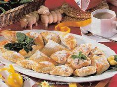 Cukroví na Vánoce: Sátečky z lístkového těsta Dairy, Cheese, Food, Meal, Eten, Meals