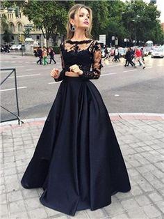 A-Line Jewel Neck Appliques Lace Brush Train Evening Dress