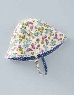 Gemusterte Mütze für Mädchen