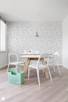 POLKA /_\ SINGLE SPACE /ONA\ - Jadalnia - Styl Skandynawski - KASIA ORWAT home design