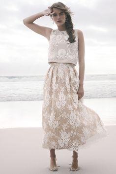Two-piece lace wedding dress #wedding #dress #fashion