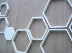 honeycomb wall - make a sibiliar design with cardboard and fabric in different colors?