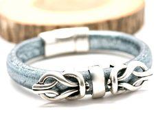 Double Love Knot Bracelet Silver Leather Bangle