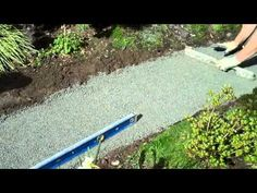 Easy Landscaping | Easy Maintenance Landscaping | HouseLogic Yard Tips