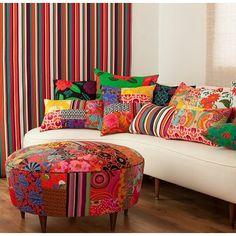 In love, pelas estampas de Ana Morelli. ❤️ Produtos à venda no site @westwingbr  Quem mais é louca por cores e estampas?!?