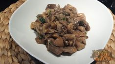 La ricetta,come fare i funghi pleurotus trifolati, un ricco contorno per i nostri piatti di carne invernali,o per un primo piatto con la panna