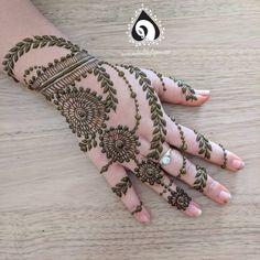 Henna Mehndi, Henna Art, Mehendi, Easy Henna, Simple Henna, Mhendi Design, Mehndi Party, New Mehndi Designs, Henna Patterns