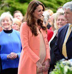 En su segundo aniversario de boda, Kate Middleton visita un hospital infantil