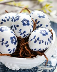 Modge podge napkin eggs. Discover these 14 lovely DIY egg decorating ideas—no crazy shellacking or yolk-blowing necessary.