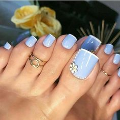 new Ideas for french pedicure ideas toenails pretty toes Pretty Toe Nails, Cute Toe Nails, Pretty Toes, Toe Nail Art, Acrylic Nails, Pretty Pedicures, Nail Nail, Diy Nails, Best Toe Nail Color