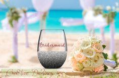 Bridesmaid Wine Glass, Wedding Favor, Wedding Wine Glass, Wedding Toasting Glasses, Glitter Wine Glass, Brides Maid Glass, Wedding Toast