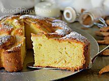 Torta 7 vasetti alle mele. Dolce gustoso senza usare la bilancia