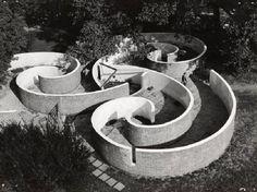 X Triennale - Parco Sempione - Labirinto per ragazzi - Lodovico Barbiano di Belgiojoso - Enrico Peressutti - Ernesto Nathan Rogers