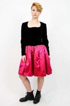 151d71f5aa kleid pink schwarz vintage secondhand. Mehr auf oma-klara.de