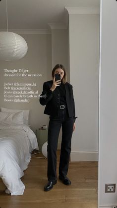 Modest Outfits, Suits, My Style, Brittany Bathgate, Clothes, Ootd, Mirror, Girls, Inspiration