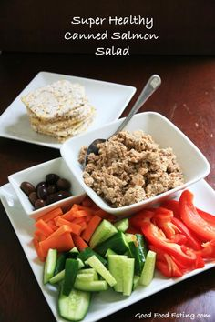 Healthy Canned Salmon Salad - canned salmon is a cost effective way to get omega 3 fats and non dairy calcium too. You will love this simple salad. Wine Recipes, Food Network Recipes, Real Food Recipes, Healthy Recipes, Canned Salmon Salad, Salmon Salad Recipes, Easy Salads, Fruit Salads, Healthy Salads