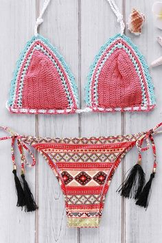 Geometric Print Crocheted Bikini Set WATERMELON RED: Bikinis | ZAFUL | http://www.zaful.com/geometric-print-crocheted-bikini-set-p_181971.html